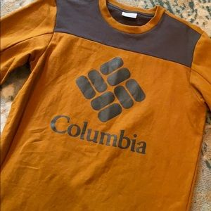 Burnt orange Columbia sweat shirt